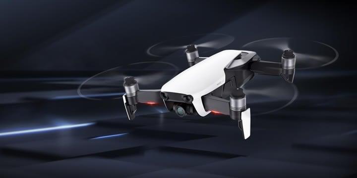無限の探究心を満たすハイエンドな飛行性能と機能性を備えたMavic Airは、究極の携帯性を実現したドローンです。