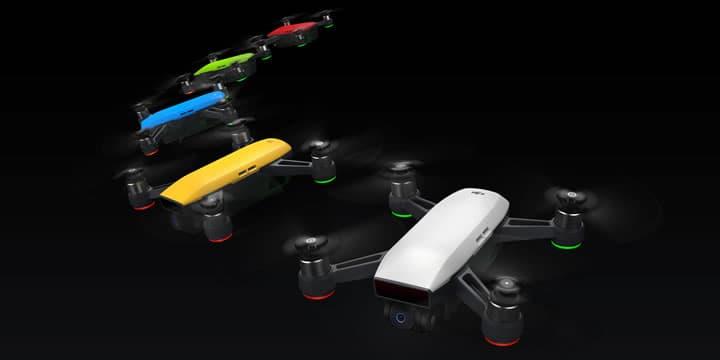 Sparkは、DJIの革新的な技術を搭載した手のひらサイズのミニドローンです。多彩な飛行・撮影モードとブレを抑えるジンバル技術があなたの空撮をサポートします。