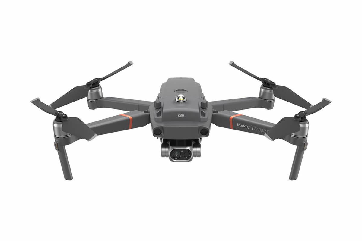 Mavic 2 Enterprise Dualは可視カメラとFLIR社製の赤外線カメラ、2つのカメラを搭載しております。