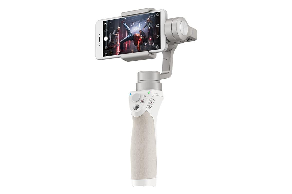 スマートフォンで映画のような映像を撮影しよう。