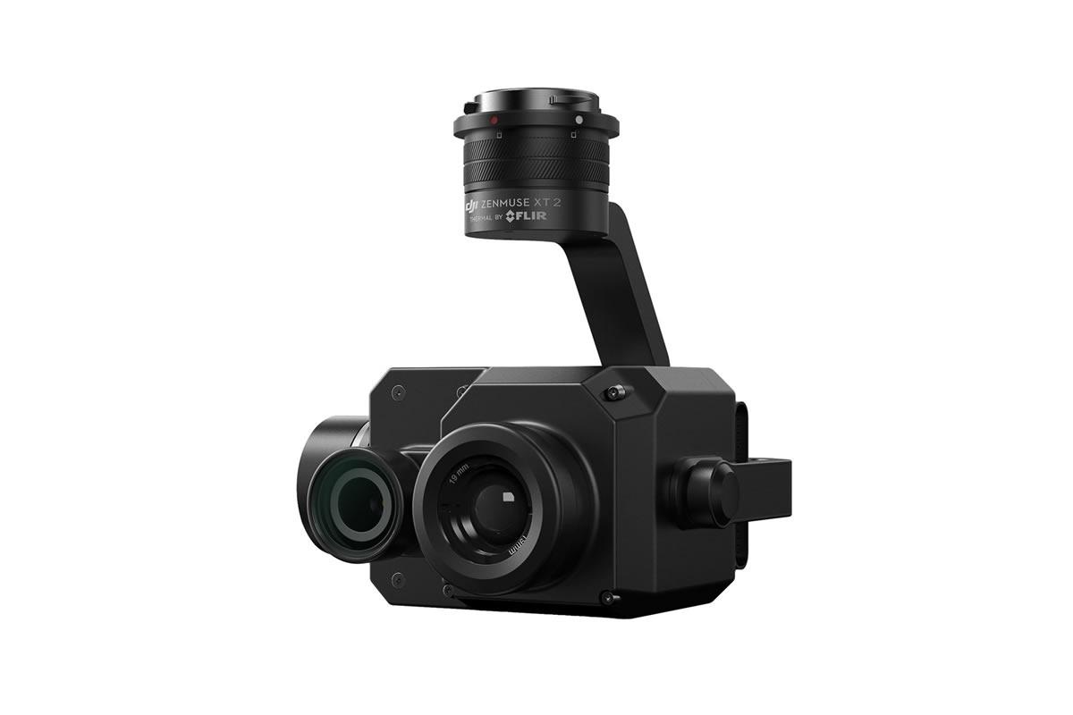 FLIR Tau 2 サーマルセンサーと4Kビジュアルカメラを搭載した次世代の業務用サーマルソリューションのXT2。DJIの最先端のスタビライザー技術およびマシンインテリジェンス技術に、デュアルセンサーを搭載することにより、XT2は空撮データをスピーディに実践的なインサイト(解析データ)に変換し、時間と予算を抑えるだけでなく、人命救助へも活用できます。